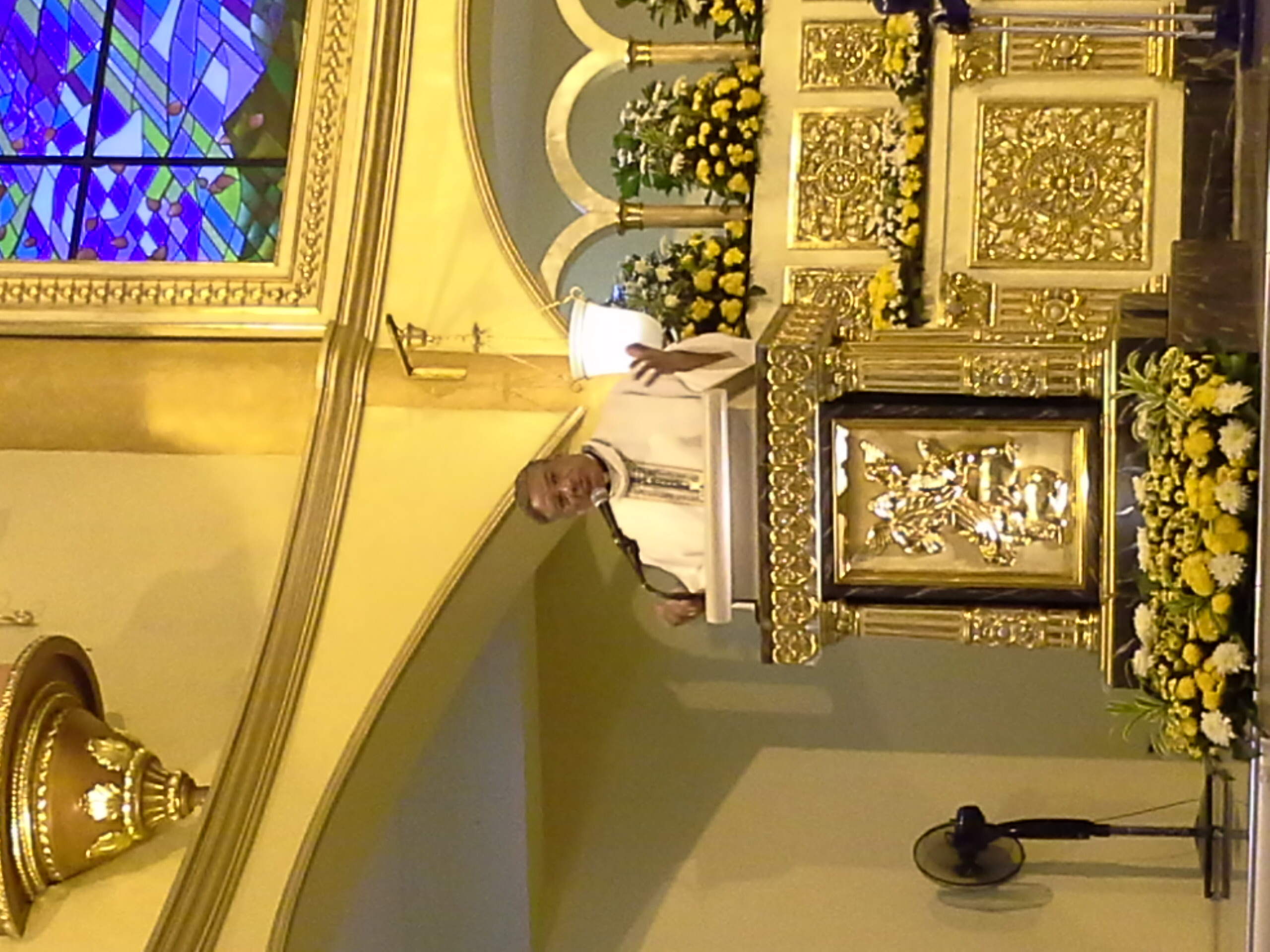 View Full Size Bishop Perry Gving Homily