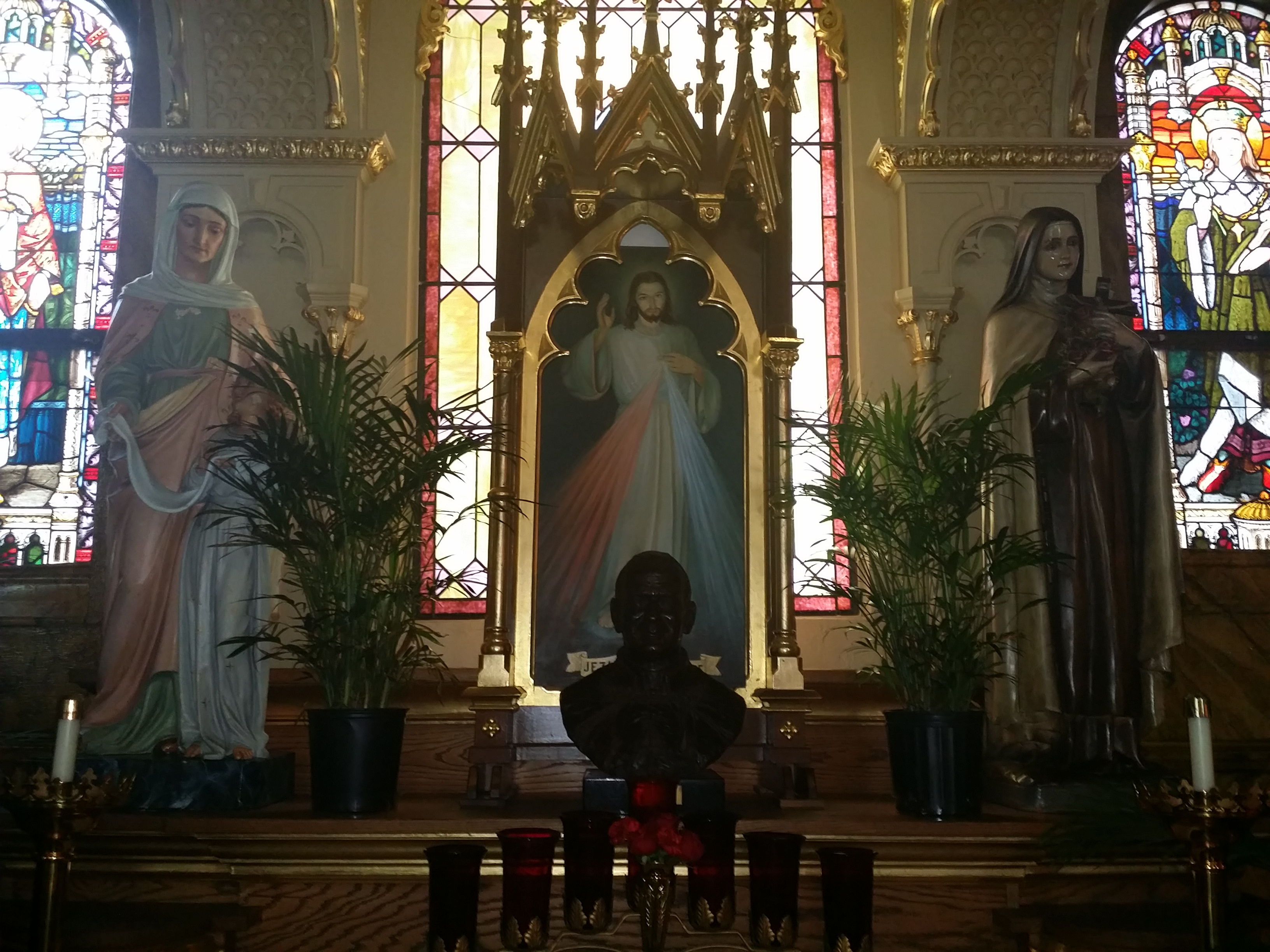 View Full Size St John Cantius Divine Mercy