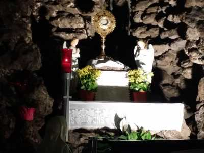 Our Lady of Lourdes Grotto Monstrance